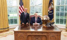Simonovis se reunió con Trump: Dejó claro su compromiso firme y decidido de ayudar a Venezuela