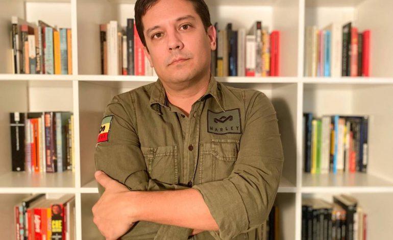 """Escritor Pedro Medina León presentará su novela """"Americana"""" en Miami"""