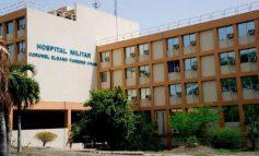 Médicos del Hospital Militar de Maracay evalúan a paciente para descartar contagio de coronavirus