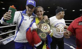 La venezolana Mayerlin Rivas se corona campeona del mundo supergallo