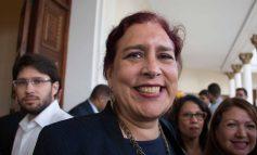 Diputada Adrián alega que el chavismo ha creado una campaña de desprestigio en su contra