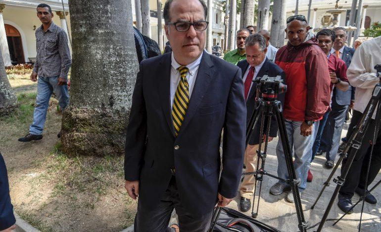 Canciller venezolano opinó que decisión de Estados Unidos marca un antes y un después