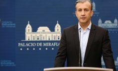 """El Aissami anunció """"plan especial"""" contra la escasez de gasolina"""