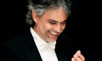 Andrea Bocelli le cantará al mundo desde la catedral de Milán