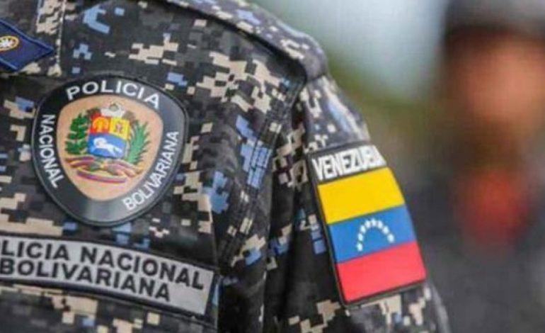 Al menos 35 funcionarios policiales fueron detenidos por no estar de acuerdo con el ascenso de los asesinos de Oscar Pérez