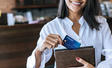 Bancamiga ofrece cuenta cash y tarjeta de débito internacional para consumos en dólares