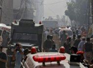 Un avión con más de 100 personas a bordo se estrelló en Pakistán