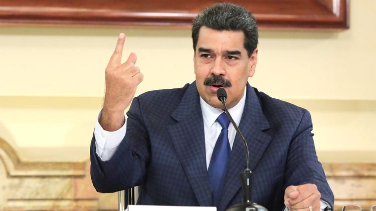 Maduro da un paso atrás en su decisión contra la representante de la UE