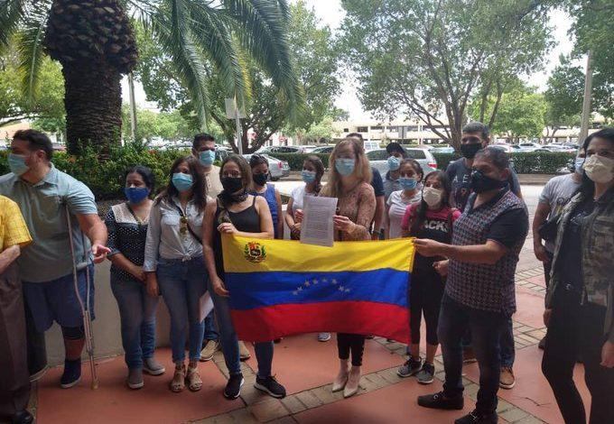 Más de mil venezolanos varados en EEUU pidieron un vuelo de repatriación