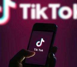 """TikTok y Oracle se alían """"in extremis"""" para sortear el veto en EE UU"""