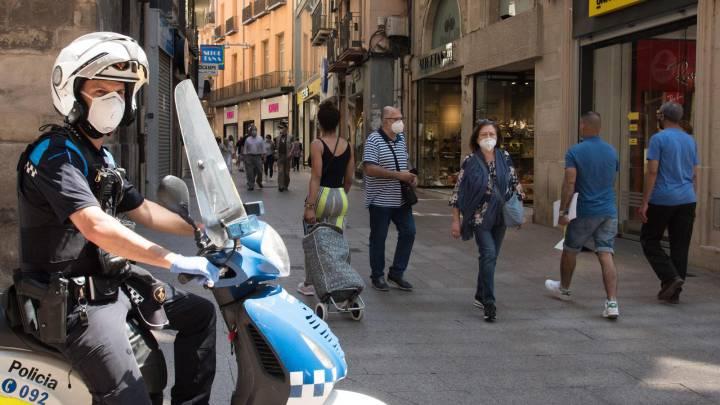 Gobierno de España analiza la posibilidad de introducir toques de queda