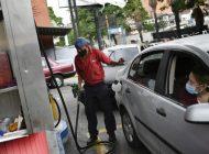 El ciclo de la escasez de gasolina se repite en Venezuela