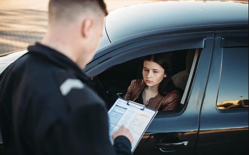 Modifican requisitos en la solicitud de licencia de conducir de los inmigrantes en Florida