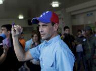 Capriles cambia de opinión y pide a Maduro aplazar las parlamentarias