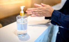 """Los dermatólogos recomiendan un uso """"prudente"""" de los geles antibacteriales"""