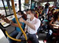 Guaidó recorrió las calles de Caracas para incentivar la participación a la Consulta Popular