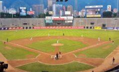 Águilas del Zulia y Leones de Caracas arrancaron con victoria la temporada del béisbol profesional